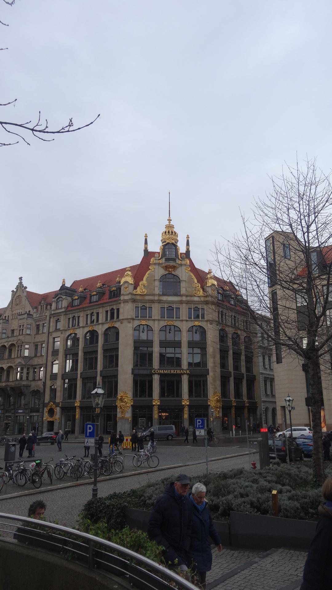 golden Commerzbank building