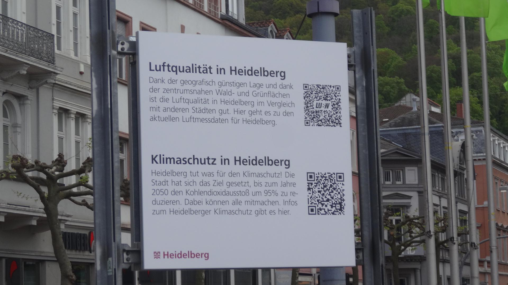 Schild über gute Luftqualität in Heidelberg